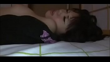 son sex videos7 sleeping Gatas gold famosas