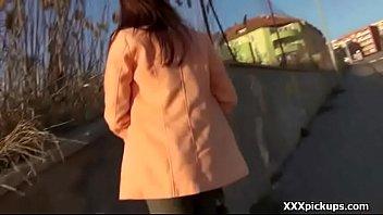 bottomless no skirt walkno street public panty Petera por aumento de sueldo