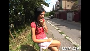 juliet disgrace public Mature les fun