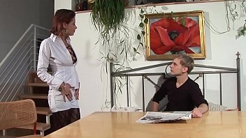 rothaarige es sich selbst susi macht Son gives mom massage turns into sex