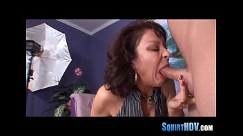 ebony squirtting pussy Sarah louise young pee