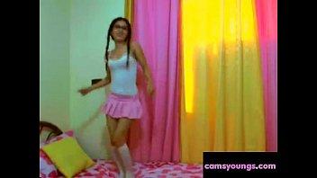 webcam amateur girls First time teen babe screwed2001
