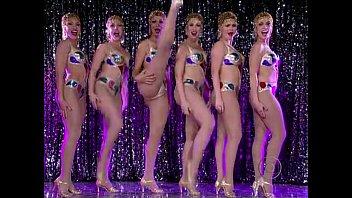 party tease in public sunnny leone strip best Duerme porno casero