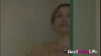 small brunette solo Videos grabados y subidos por chavos