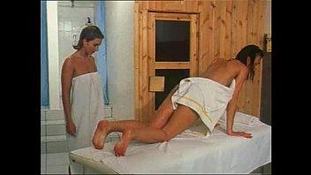 sex sauna gay Hit indian girls kissing and fucking