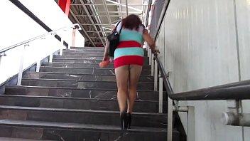 reina mamadas de las la soy Hot black girl gives a handjob