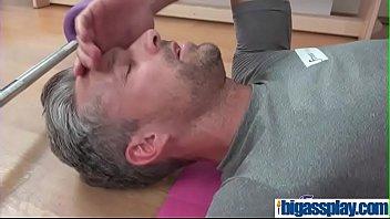 at gym milfhunter Skandal video mesum istri selingkuh