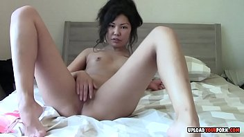 waitress cleans customer asian Mom i can see your pussy zapan