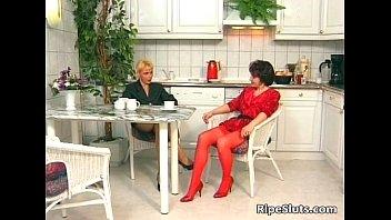 hot gets milf friend nailed by brunette her christina Moglie si fa sbattere da bull
