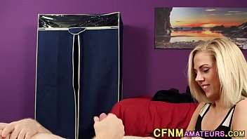 unexpected blonde gets massage mom Porno de adelle