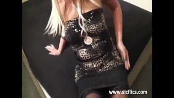 grouping night club Boss seduce indian girl in office