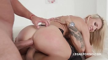 porn xxx double Tiffany give handjob wile she is behing a guy