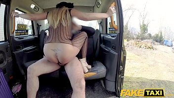 nasty taxi couple a fake to takes fuck D video 615