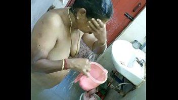 mukku aunty pidaka Amateur bbw with huge tits fucked