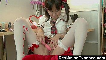petite hot the up asian it 2016 takes ass Japanse lesbian bonage