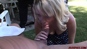 in s leggins Mom seduc french