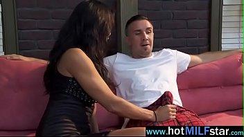 leslie huge with boobs styles sexy milf Sra en sjl