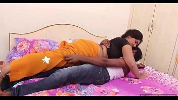 aunty saree indian v ideo nude Sunny leon porn star film youtube