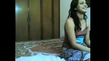 cynthia hindi adult cinema adamson Chilena en el bosque