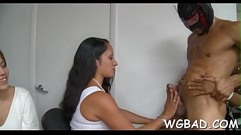 wife front or her friends used submissive in Mujer luna bella y su amiga