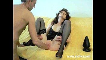 on plug butt strap Kellan lutz trop sexy