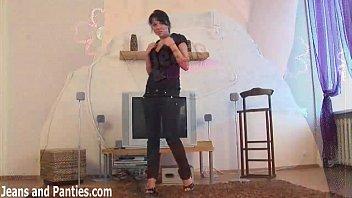 tight jeans russian girl Arschficken mit reinspritzen