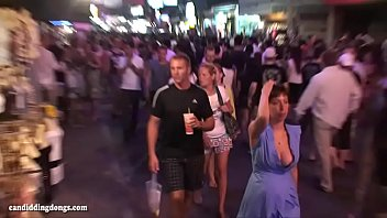 viberator inside2 with walking Nvg calendar girls 2015 eva7