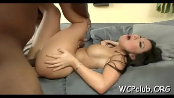 artis jupe porno Mom and daughter sharing 10 inches of cock